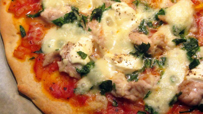 pizza dinde épinards et crème fraiche